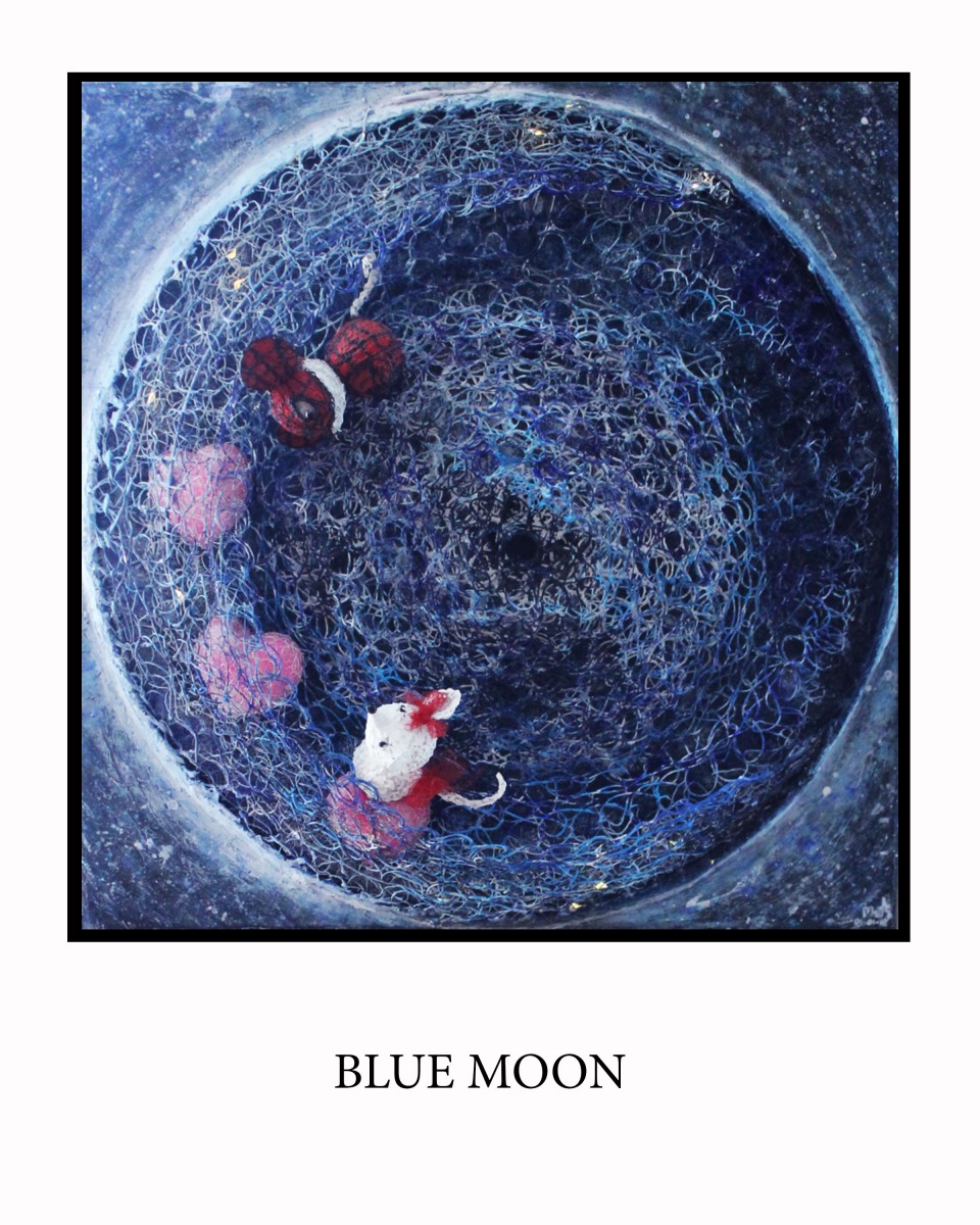 BLUE-MOON-FONDO-BLANCO